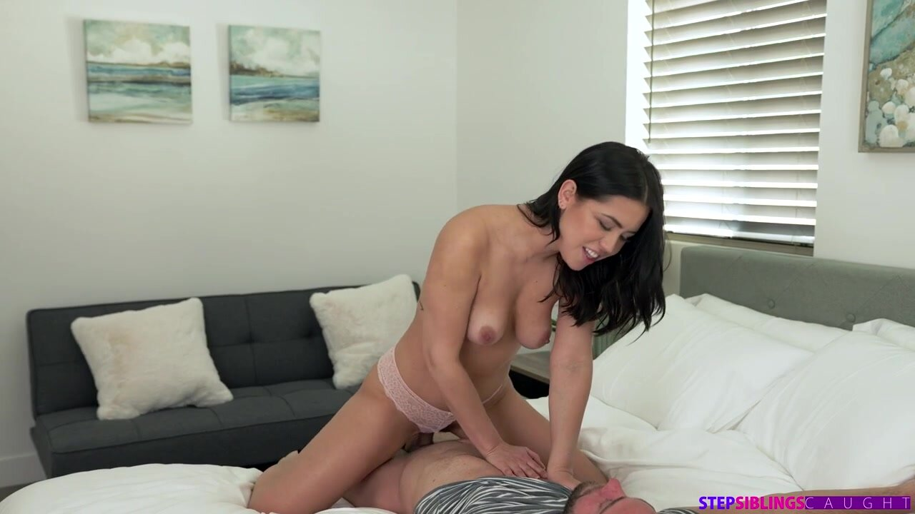 [StepSiblingsCaught] Alina Lopez - Step Sister Lends A Hand NewPorn2021